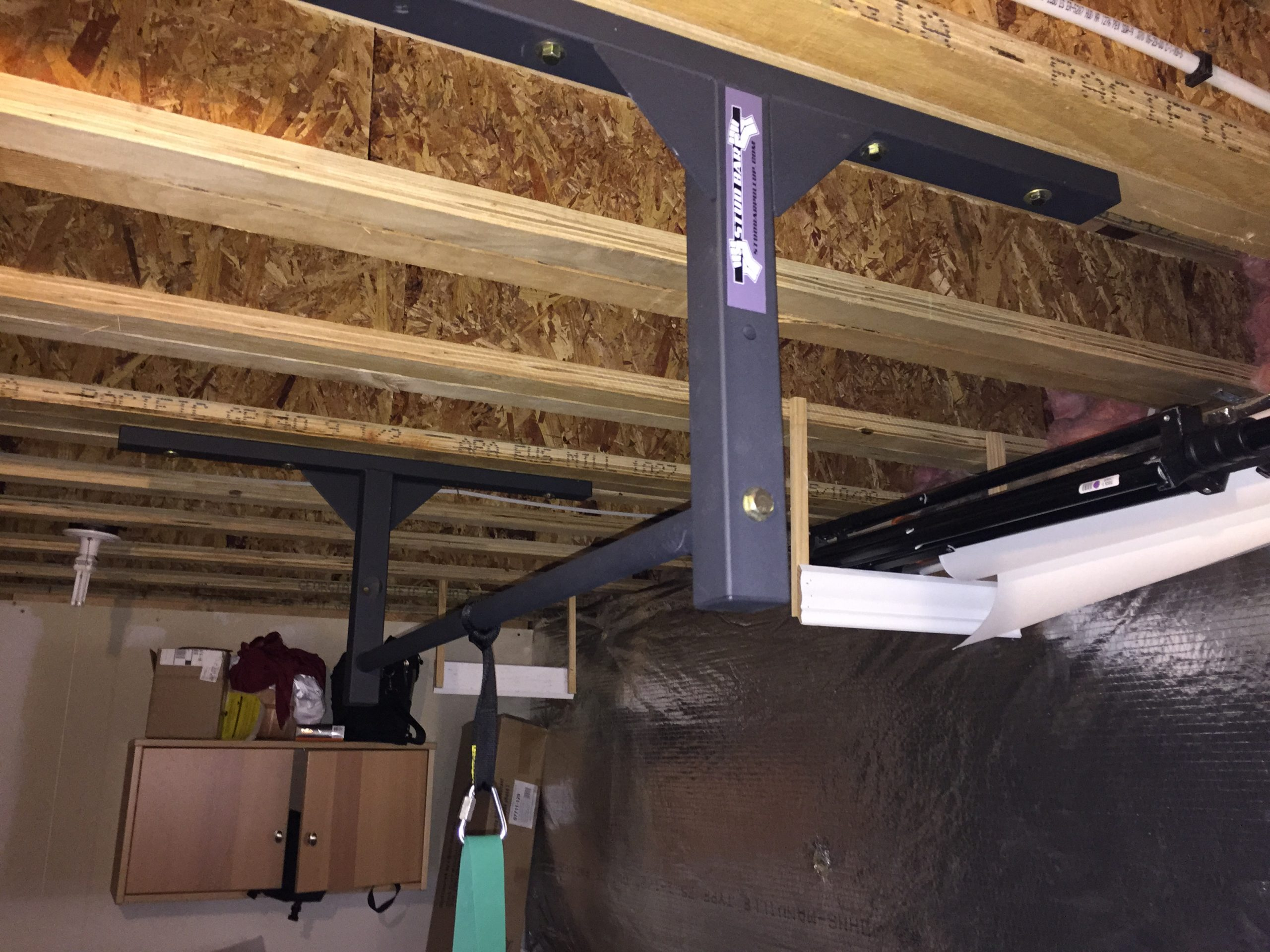 Wood mounted pull up bar